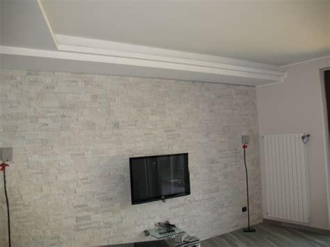 pareti interne rivestite in pietra foto parete rivestite con pietra quarzite di edicolor