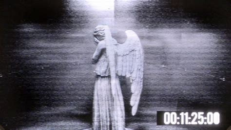 Weeping Angels Camera Wallpaper Set | doctor who the time of angels security camera footage
