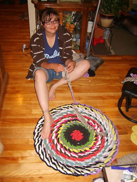 how to make no sew braided rugs how to make a no sew braided rag rug best decor things