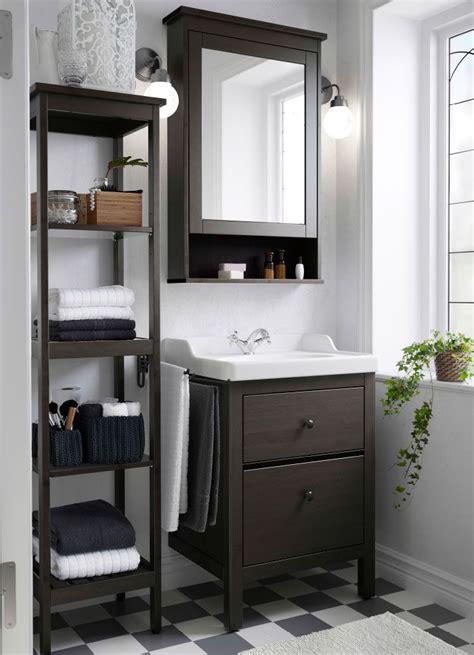 ikea hemnes badezimmer regal ein kleines badezimmer im traditionellen stil mit hemnes