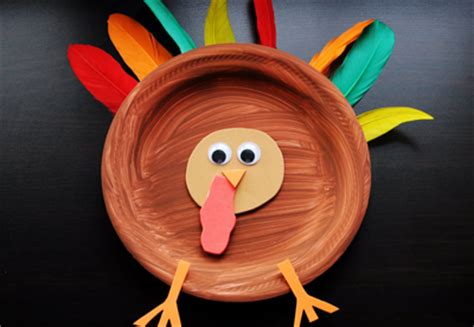 How To Make Turkeys Out Of Paper Plates - turkey feather paper images