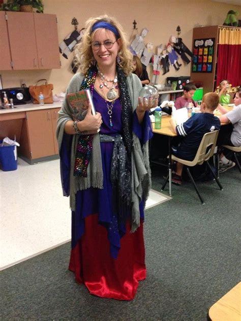 amazing teacher halloween costumes