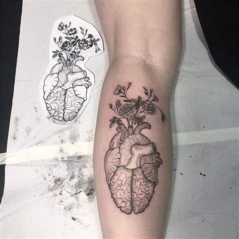 brain tattoo 25 best brain ideas on