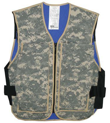 70 oz hydration pack101020301040101010101010100 261 hybrid cooling tactical vest