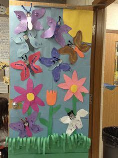 images  butterfly classroom theme  pinterest