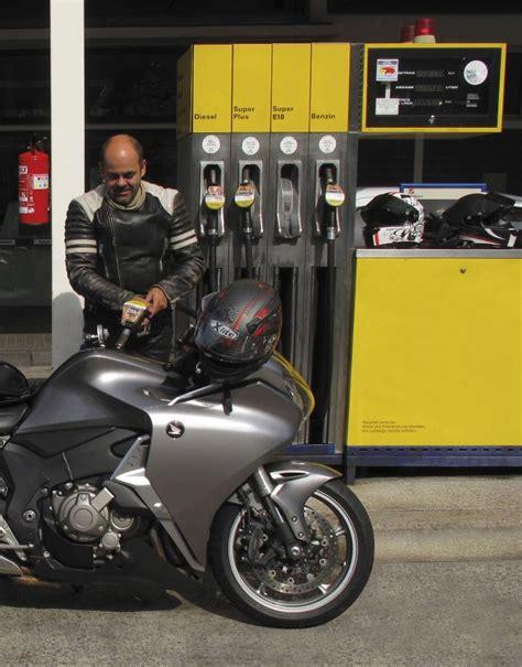 Bmw Motorrad E10 by E10 Sprit F 252 R S Motorrad Im Zweifel Nein Feuerstuhl