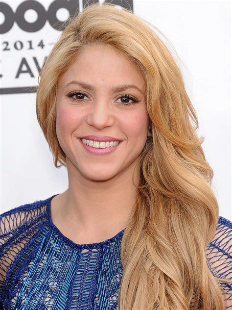 tv celeb facts shakira biography celebrity facts and awards tv guide