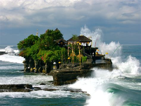 in bali tanah lot temple 187 bali hello travel