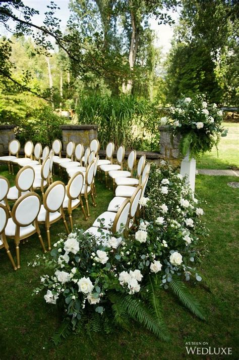 Garden Wedding Ideas Decorations 25 Brilliant Garden Wedding Decoration Ideas For 2018 Trends Emmalovesweddings