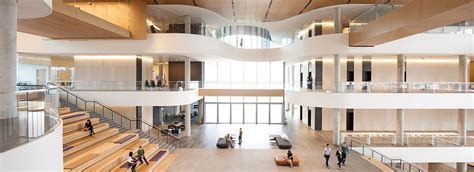 Getting A At Out Of Kellog Mba by Global Hub Kellogg School Of Management Northwestern