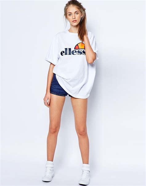 Tshirt Ellesse Oversized Fightmerch ellesse oversized boyfriend t shirt with front logo white in white lyst