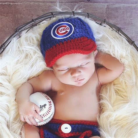 cubs newborn fan best 25 chicago cubs baseball ideas on
