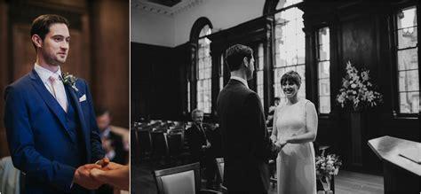 Stylish winter Edinburgh elopement ? Hannah & Thomas