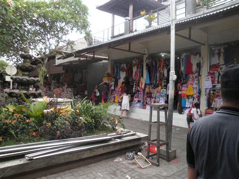 Kaos Traveler World Traveler 3 teach travel think travel bali indonesia part2