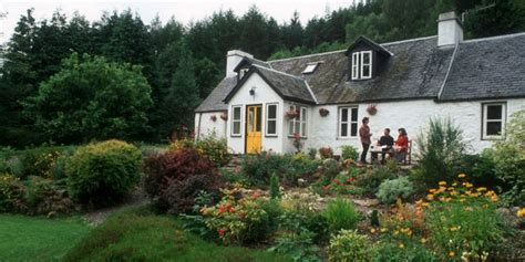 scotland cottage drynachan cottage bed and breakfast places scotland