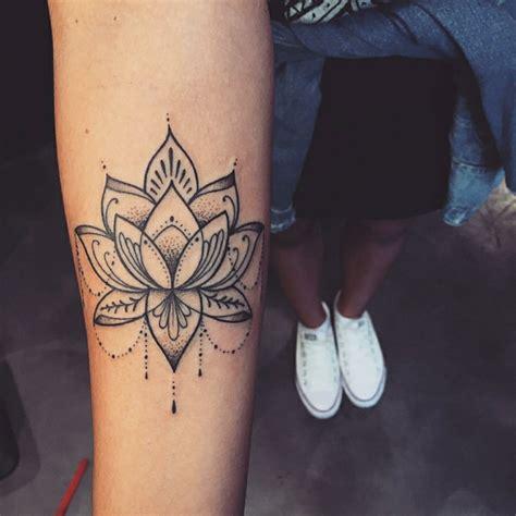 tattoo mandala piccolo 1001 idee per tatuaggi femminili disegni da copiare