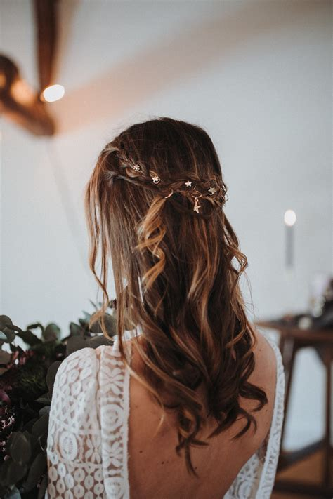 Brautfrisuren Lange Haare Halboffen 4691 by Ultra Violet Und Galaxy Wedding Hochzeitsblog The