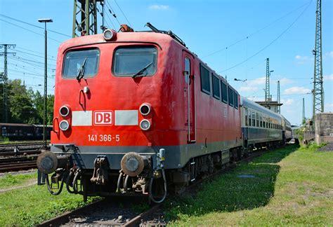 141 366 5 Mit D Zug Wagen Im Db Museum Koblenz L 252 Tzel 19
