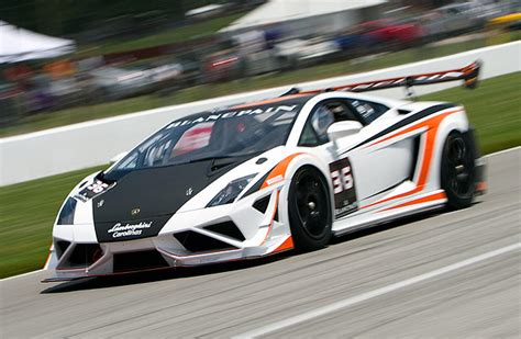 lamborghini race cars lamborghini trofeo series will rent you a race car