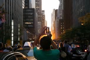 views  manhattanhenge  york citys coolest sunset
