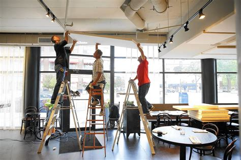 loud restaurants work  diminish noise chicago tribune
