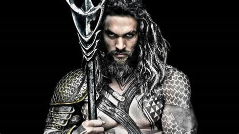 aquaman tattoo jason momoa shows his aquaman tattoos for standingrockrez