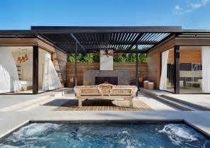 Home Design Story Aquadive Pool Gartenhaus Mit Terrasse Ein Modernes Projekt Aus Den Usa