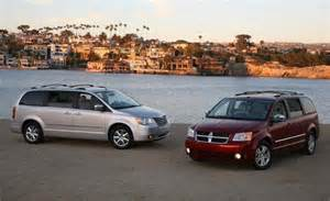 dodge grand caravan chrysler town country 2008 2012 repair manual learning about cars the d mpv segment fiat group s world