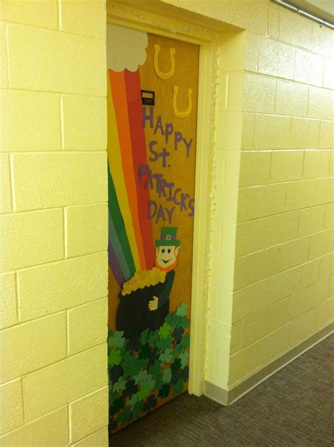 s day classroom door decorations 1000 images about st patricks day door ideas on
