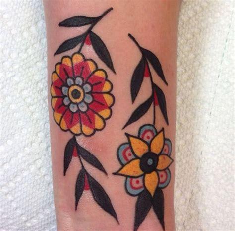 tattoo flower traditional 292 best tattoos images on pinterest tattoo ideas