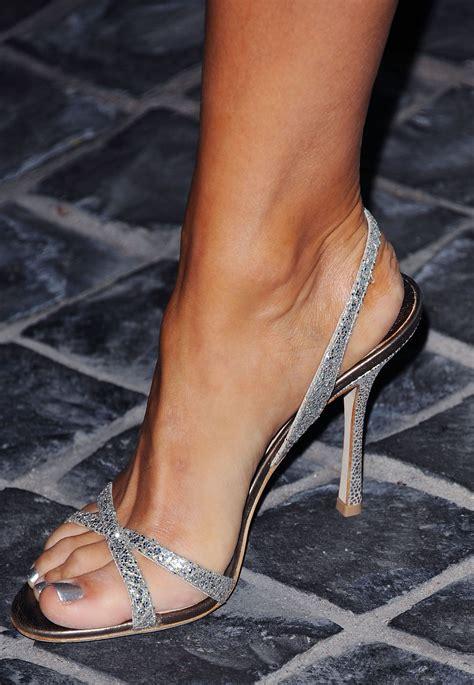 lori loughlin fashion pin de samuel lopes multim 237 dia em feet and sandals lori
