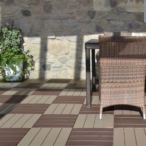 piastrelle in plastica per esterno pavimentazione in plastica per esterno finto legno