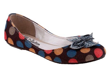Sepatu Wanita Kanvas Cremme toko sepatu cibaduyut grosir sepatu murah toko