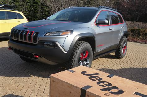 white jeep grand cherokee custom 2016 jeep cherokee trailhawk lift kit 2017 2018 best