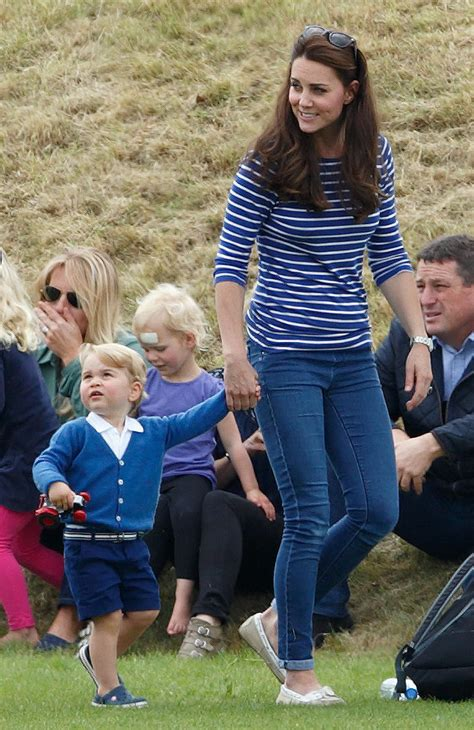 where does kate middleton live choose live in denim on your day off 60 style lessons
