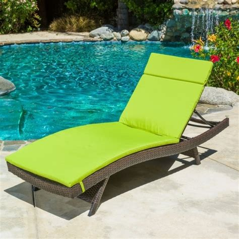 Patio Chaise Lounge Cushions Sale by Patio Chaise Lounge Cushions On Sale Bali Teak Lounge