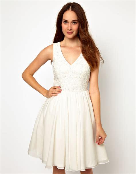 imagenes vestidos de novia escote v escotes 191 cual me favorece mas my trendy corner