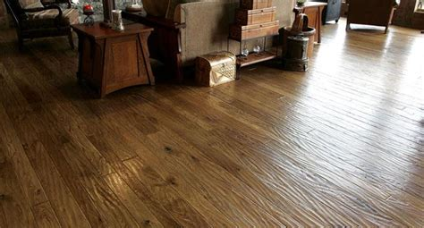 Hand Scraped   Ozark Hardwood Flooring