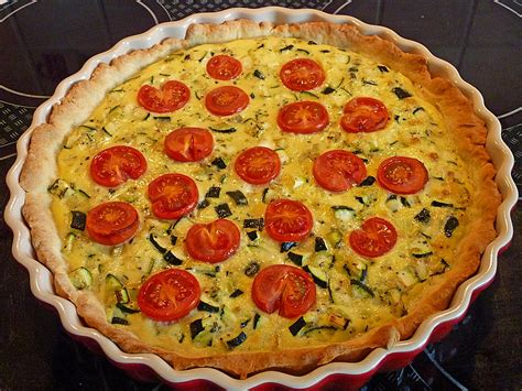 zucchini möhren kuchen verlockende zuccini tarte an kirschtomaten rezepte suchen