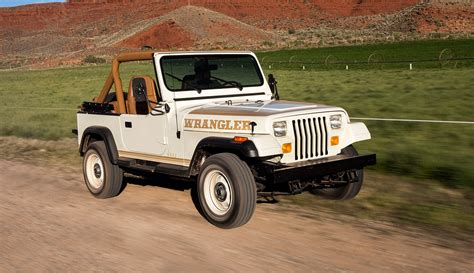 fiat jeep wrangler jeep 174 wrangler is classic car of the year 2016 quot according