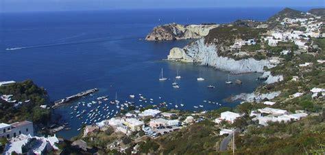 porto d imbarco per ponza noleggio barche isole pontine sole e mare noleggio