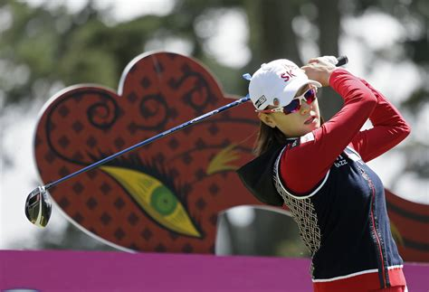 lead swinging japan s haru nomura leads swinging skirts lpga classic