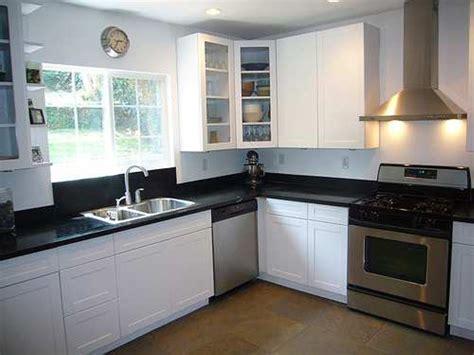 Green Small L Shaped Kitchen Design : Amazing Things about Small L Shaped Kitchen ? My Home