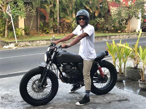 Paket Custom 80 000 menyewakan motor custom bike scrambler di toko spotsewa