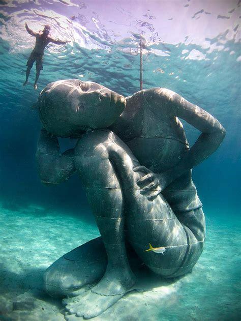 designboom underwater jason decaires taylor submerges ocean atlas sculpture in