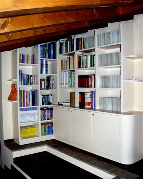 libreria valente libreria per mansarda with librerie per mansarde