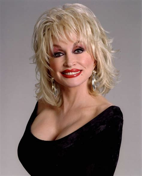 female country singer with recent hair cut picture of dolly parton