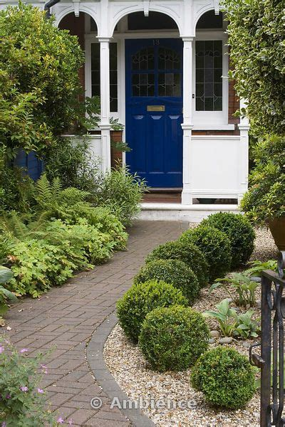 Front Door Garden 25 Best Ideas About Small Front Gardens On Front Gardens Front Flower Beds And