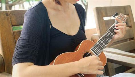 best ukulele 10 greatest concert tenor ukuleles 2018 review