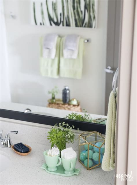 decor hacks to add style to your bathroom